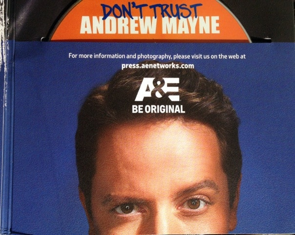 dont-trust-andrew-mayne-press-kit-001