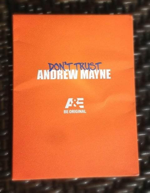 dont-trust-andrew-mayne-press-kit-002